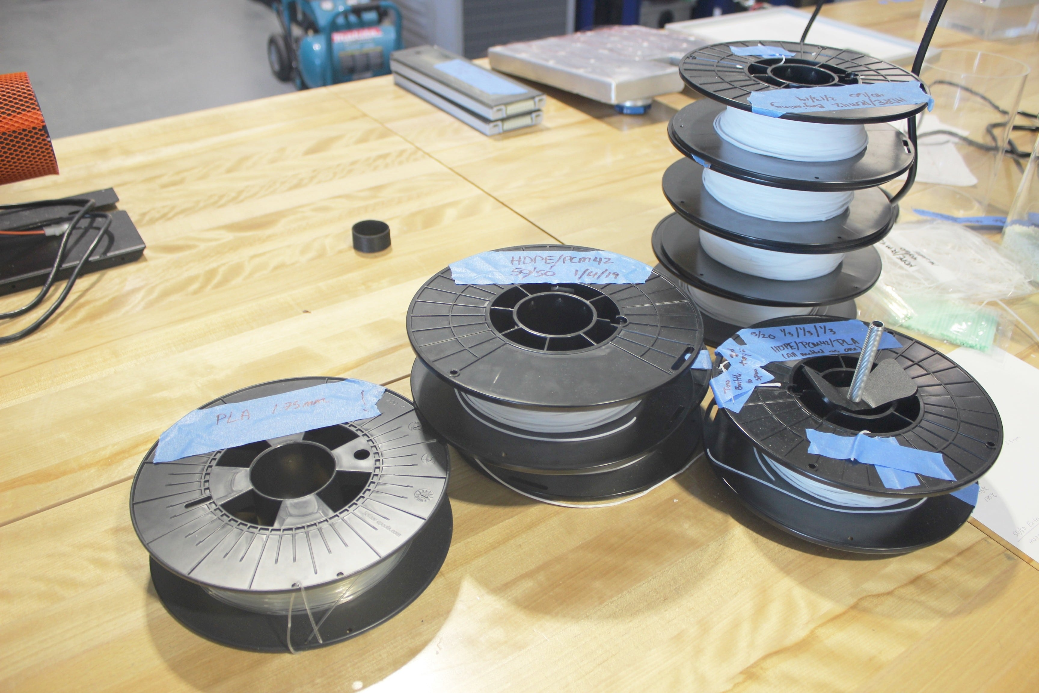 Spools with PCM